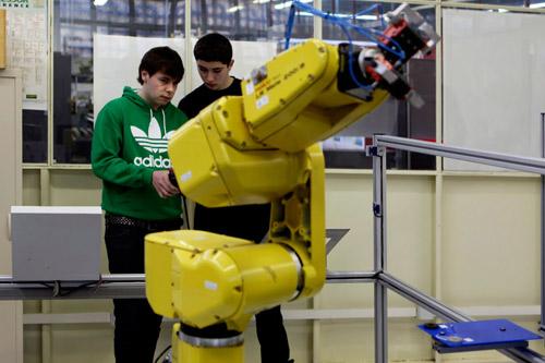 Iniciación a la Robótica con  Arduino